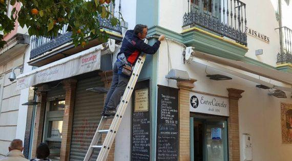 Instalación de videocámaras en Sevilla