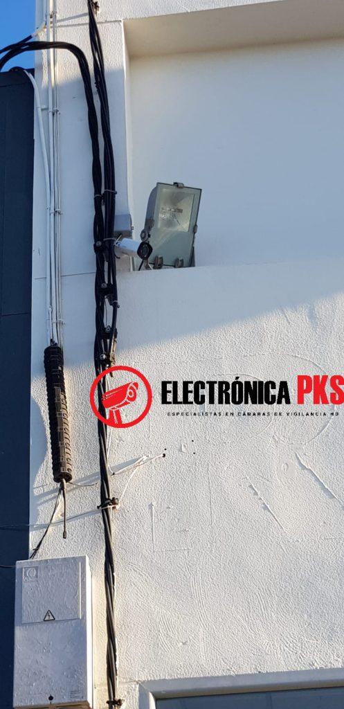 Instalación en la renault de lora del rio sevilla, electronica pks